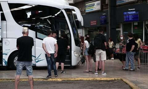 Κορονοϊός: Πάνω από 100 λεωφορεία των ΚΤΕΛ ενισχύουν από σήμερα τις συγκοινωνίες της Αθήνας