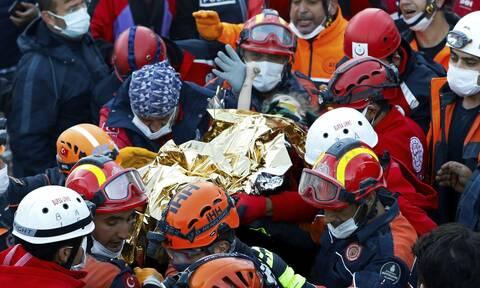 Σεισμός: Συνεχίζεται η τραγωδία στην Σμύρνη - Τουλάχιστον 85 νεκροί