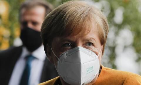 Κορονοϊός - Γερμανία: Θετικά νέα για εμβόλιο από την Μέρκελ - Εξελίξεις τους επόμενους μήνες