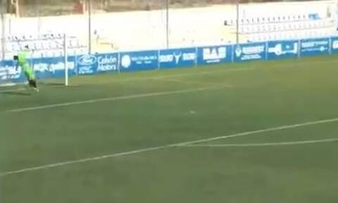 Τερματοφύλακας έβαλε γκολ στις καθυστερήσεις αλλά το έφαγε από τη σέντρα! (video)