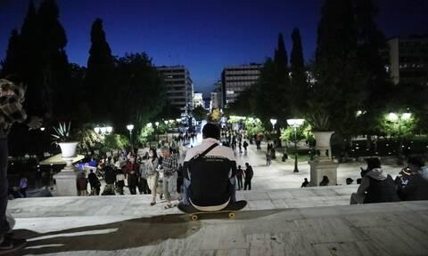 Κρούσματα σήμερα: Υποφέρει όλη η Ελλάδα - Τραγική κατάσταση σε Αθήνα και Θεσσαλονίκη