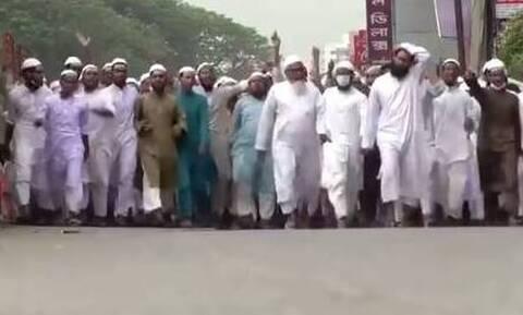 Μπανγκλαντές: Τουλάχιστον 50.000 άνθρωποι διαδήλωσαν κατά της Γαλλίας και του Μακρόν