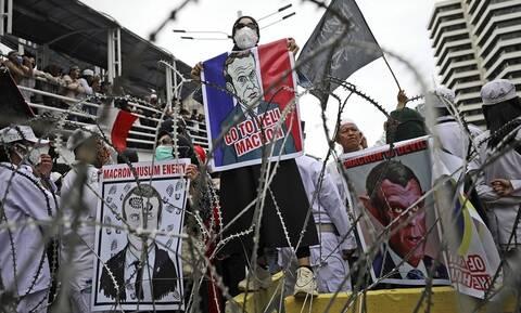 Απειλές Αλ Κάιντα σε Μακρόν - «Δικαίωμα μας να σκοτώσουμε όποιον προσβάλλει τον Μωάμεθ»