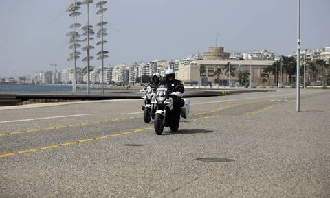 Κορονοϊός: Ολικό lockdown για 14 μέρες σε Θεσσαλονίκη και Σέρρες - Μετακίνηση μόνο με sms