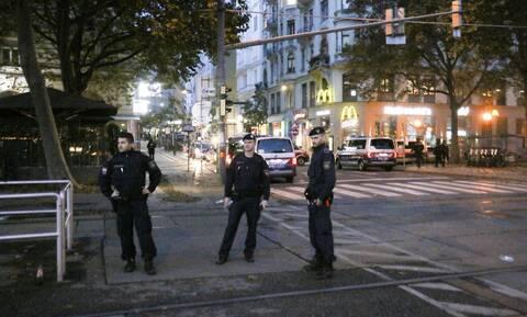 ΥΠΕΞ για επίθεση στη Βιέννη: Στεκόμαστε ενωμένοι απέναντι στο μίσος και την τρομοκρατία