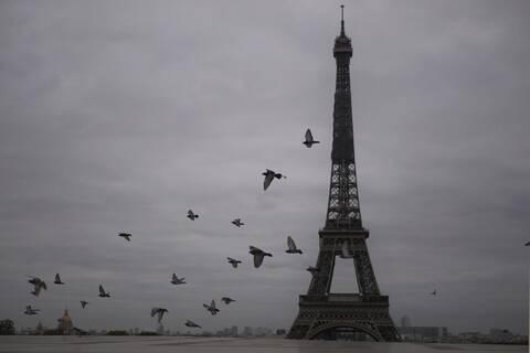 Κορονοϊός - Γαλλία: Κάθε 30 δευτερόλεπτα ένας Παριζιάνος μολύνεται με Covid-19