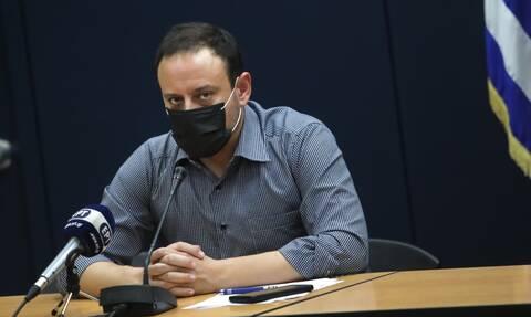 Κορονοϊός - Μαγιορκίνης: Γιατί αυξήθηκαν δραματικά τα κρούσματα - Αγωνία για Αττική και Θεσσαλονίκη