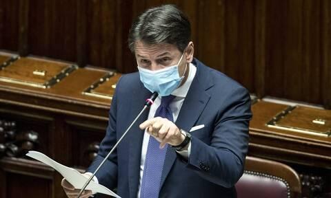 Κορονοϊός: Στα τρία χωρίστηκε η Ιταλία - Νέα περιοριστικά μέτρα υπέγραψε ο Κόντε
