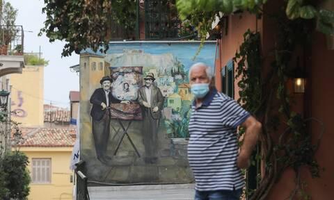 Κορονοϊός: «Κόλαση» σε όλη την Ελλάδα - Στην... Εντατική Αθήνα, Θεσσαλονίκη και Λάρισα