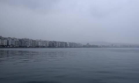 Καιρός σήμερα: Με συννεφιά και βροχές η Πέμπτη - Πού θα σημειωθούν καταιγίδες