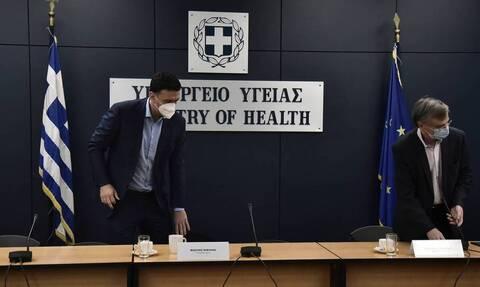 Грецию закрывают на карантин