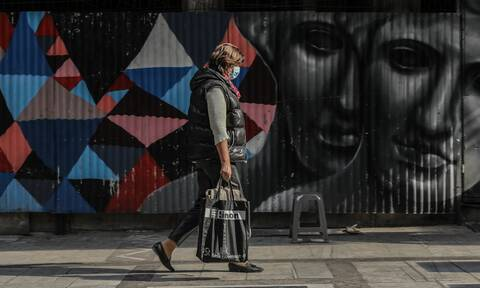 Lockdown - Έρχεται ξανά το SMS: Καραντίνα από το Σάββατο - Τι θα ανακοινώσει ο Μητσοτάκης