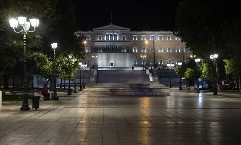 Lockdown: Έκτακτες ανακοινώσεις από Σταϊκούρα, Χαρδαλιά
