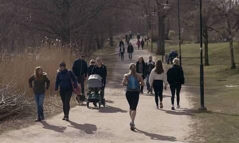 Κορoνοϊός Σουηδία: Αύξηση ρεκόρ στα νέα κρούσματα - Πάνω από 6.000 οι νεκροί
