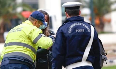 Απαγόρευση κυκλοφορίας: Ποιοι μπορούν να μετακινηθούν εκτός νομού
