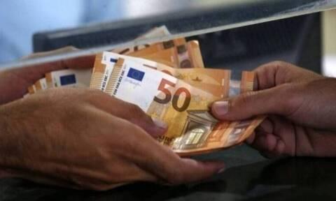 Επίδομα 800 ευρώ: Ποιοι και πότε θα το λάβουν – Οι αιτήσεις για τις αναστολές Νοεμβρίου