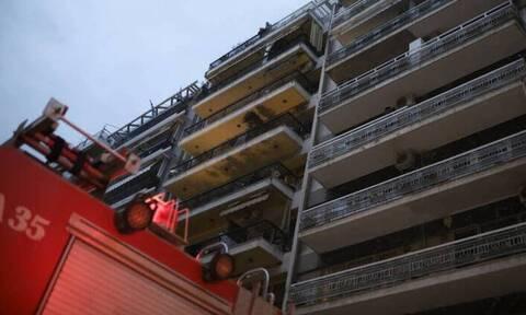 Φωτιά σε διαμέρισμα στο Βύρωνα - Τραυματίστηκε μία γυναίκα