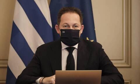 Πέτσας: Ο κ. Τσίπρας εμφανίστηκε ξανά αδιάβαστος