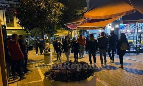 Λαμία: Συνωστισμός σε πλατείες και δρόμους πριν από το γενικό lockdown