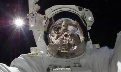 Εορτασμός με φωτογραφίες συνεχόμενης 20ετούς ανθρώπινης παρουσίας στον ISS (photos)