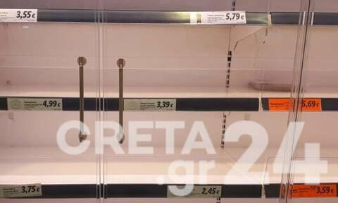 Lockdown - Κρήτη: Άδειασαν τα ράφια των σούπερ μάρκετ πρώτη μέρα καραντίνας