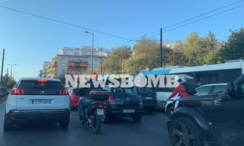 Ρεπορτάζ Newsbomb.gr: Ποιο lockdown; Αυξημένη κίνηση στις κεντρικές λεωφόρους της Αθήνας