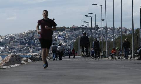 Κορονοϊός: «Μαραθωνοδρόμοι» οι Έλληνες! Πάνω από 1 εκατομμύριο SMS στο 13033 για άθληση την Κυριακή