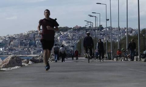 Пандемия сделала греков марафонцами