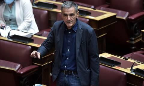 Τσακαλώτος: Η κυβέρνηση της ΝΔ προσπαθεί να επιβάλλει ένα ακραίο νεοφιλελεύθερο