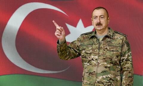 Ναγκόρνο-Καραμπάχ: Ο πρόεδρος του Αζερμπαϊτζάν επιβεβαιώνει ότι υπεγράφη τριμερής συμφωνία