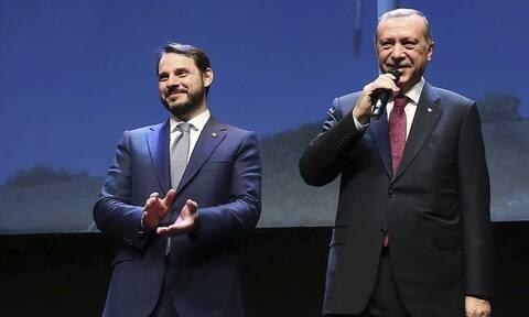 Απίστευτο: Ο γαμπρός του Ερντογάν, Αλμπαϊράκ, πιάστηκε στα χέρια με τον νέο κεντρικό τραπεζίτη