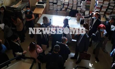 Επιβεβαίωση Newsbomb.gr για τα δικαστήρια - Παρέμβαση της Ένωσης Εισαγγελέων για τον συνωστισμό