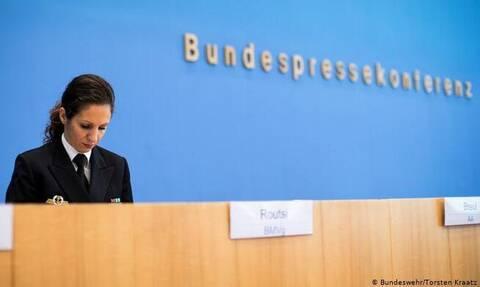 Χριστίνα Ρούτση: Μια Ελληνίδα στο γερμανικό υπουργείο Άμυνας