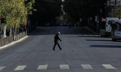 Ποιο lockdown; Όλη η Ελλάδα στο δρόμο - Έρχονται νέα μέτρα μετά τα 8,6 εκατ. SMS στο 13033