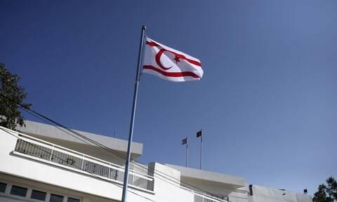 Μαζική διαδήλωση Τουρκοκύπριων κατά των παρεμβάσεων Ερντογάν