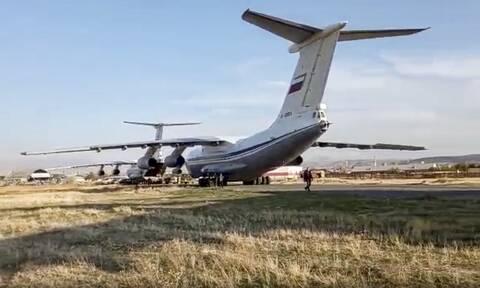 Ναγκόρνο Καραμπάχ: Η Ρωσία αναπτύσσει 2.000 στρατιώτες για τη διατήρηση της ειρήνης