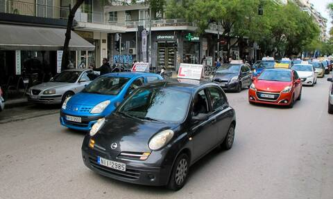 Lockdown στην Ελλάδα: Αναστέλλονται οι εξετάσεις οδήγησης - Τι επιτρέπεται