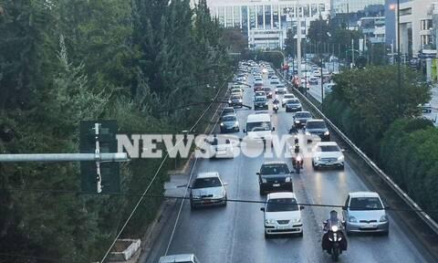 Lockdown - Ρεπορτάζ Newsbomb.gr: Μία Τετάρτη όπως όλες οι άλλες - Αυξημένη κίνηση στους δρόμους