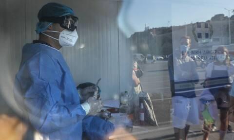 Κορονοϊός: «Βόμβα» από Βατόπουλο - «Μπορεί να παραταθεί το lockdown»