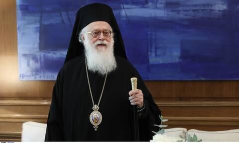 Κορονοϊός - Συγκλονίζει ο Αρχιεπίσκοπος Αλβανίας Αναστάσιος: «Έχω ευαισθησία με τους πνεύμονες»