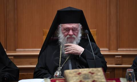 Κορονοϊός: Σε καραντίνα ο Αρχιεπίσκοπος Ιερώνυμος και όλη η Ιερά Σύνοδος