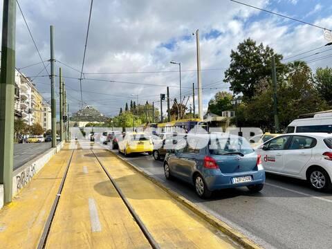 Ρεπορτάζ Newsbomb.gr: Ουρές χιλιομέτρων στους δρόμους εν μέσω – υποτίθεται – lockdown (pics+vids)
