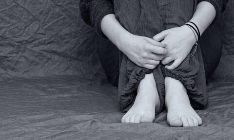 Κάλυμνος: Ζούσε τον εφιάλτη για 4 χρόνια - Πατέρας εξωθούσε τη 14χρονη κόρη του στην πορνεία