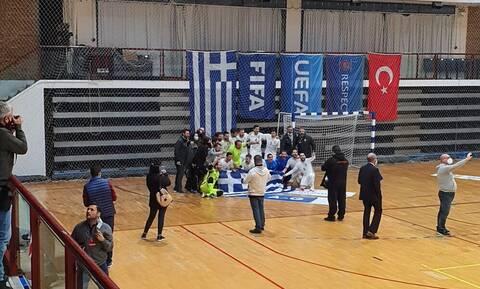 Η Εθνική ομάδα futsal απέκλεισε την Τουρκία κι έστησε μεγάλο πάρτι (photos+video)
