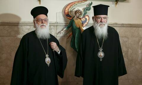 Ταχεία ανάρρωση ευχήθηκε ο Αρχιεπίσκοπος Ιερώνυμος στον Αρχιεπίσκοπο Αναστάσιο