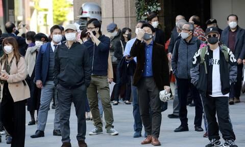 Κορονοϊό στην Ιαπωνία: Νέο ρεκόρ κρουσμάτων την ώρα που η κυβέρνηση ενισχύει τον τουρισμό