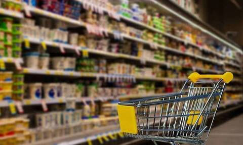 Ωράριο σούπερ μάρκετ: Τι ώρα θα κλείσουν σήμερα Παρασκευή - Τι αλλάζει από τη Δευτέρα