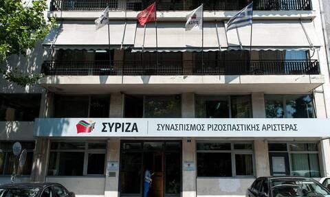 ΣΥΡΙΖΑ για Μητσοτάκη: «Κοροϊδεύει με δήθεν αναστολή πλειστηριασμών»