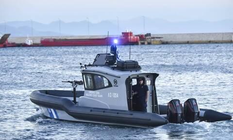 Sailing boat with migrants located off Cape Lefkata