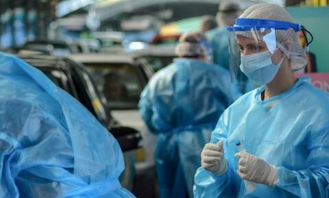 Κρούσματα σήμερα: Νέο σοκ με 3.038 νέα - Στους 38 οι θάνατοι, 336 οι διασωληνωμένοι